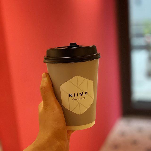 ホッとコーヒー️はいかがですか?︎️.少し涼しくなってきたので店内でホットメニューでもいいですしテイクアウトでも️.#niima #niimacafe #niimacafeetsalon #大阪カフェ #大阪サロン #南森町サロン#南森町カフェ #美容 #カフェ #南森町#コーヒー #ヘッドスパ  #南森町ヘッドスパ